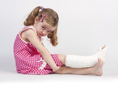 гипс на ноге у ребенка