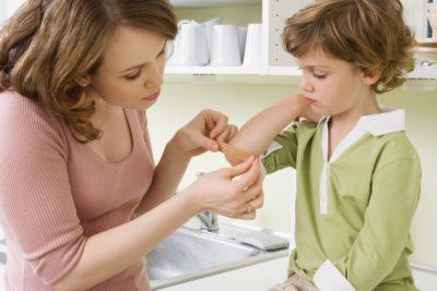 пластырь на локоть для ребенка