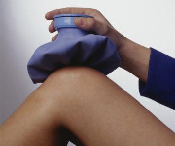 холодный компресс на колене