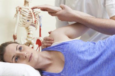 Изображение - Вывих плечевого сустава причины iStock_000057981724_XXXLarge222-400x267
