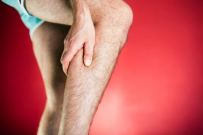 боль при нажатии на ногу