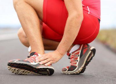 у спортсмена боль в голеностопе