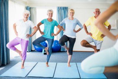 комплекс упражнений для пожилых людей